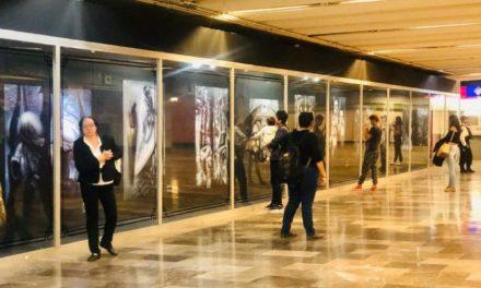 Exposición de «Alien» invade el metro de la CDMX