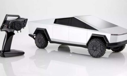 Mattel hará un coche Tesla de juguete a control remoto