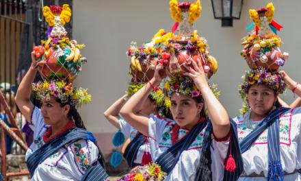 Barrios de Uruapan posponen sus próximas celebraciones