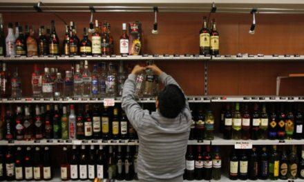 Beber alcohol no te salva del Coronavirus: OMS