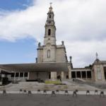 Celebran apariciones de Fátima sin peregrinos