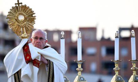 Anuncia el Vaticano las medidas en las que el Papa Francisco celebrará la misa del Corpus Christi