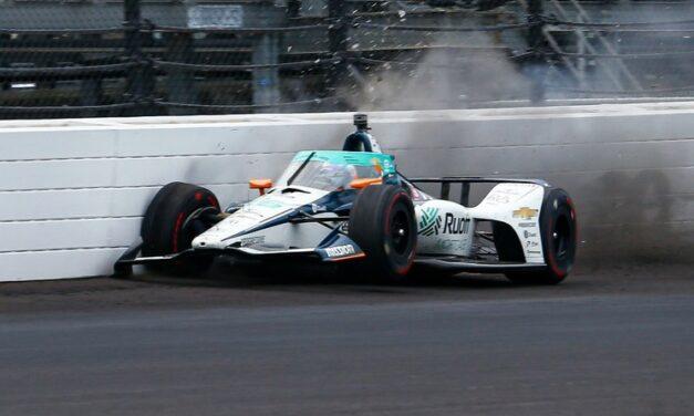 Sufre accidente en el entrenamiento en Indianápolis el dos veces campeón de la Fórmula Uno
