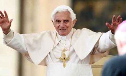Benedicto XVI se convierte en el papa con más edad en la historia de la Iglesia