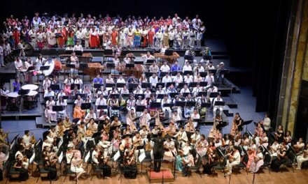 Transmiten Debut de la Orquesta y Coro de Música Tradicional Mexicana en el Palacio de Bellas Artes