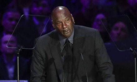 Michael Jodan opta por un acuerdo con dirigentes para una reanudación de la NBA