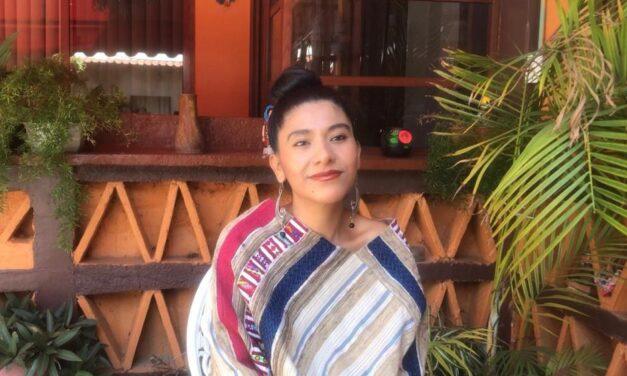 Diseñadora Oaxaqueña promueve arte textil en pasarelas internacionales
