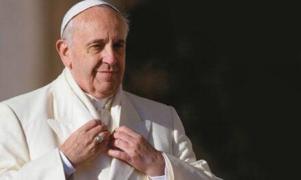 El máximo líder de la iglesia defiende uniones civiles entre personas del mismo sexo