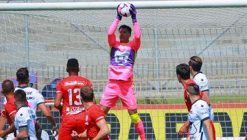 Autogol del arquero Luis García, dando victoria 1-0 a Pumas en CU