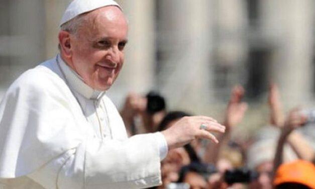 Papa Francisco sale exitoso de su operación de colon